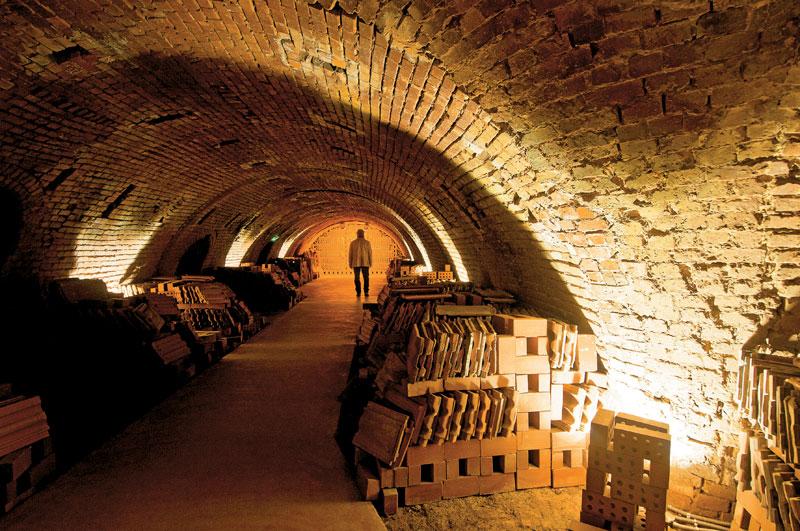 27 φύλακες σε αρχαιότητες της Θεσσαλίας
