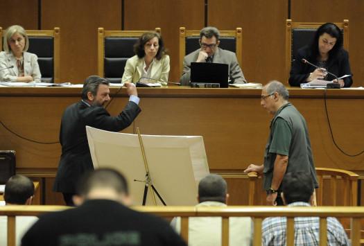 Δίκη Χρυσής Αυγής: Τα θυμάμαι του αστυνομικού εξόργισαν την πρόεδρο
