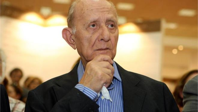 Πέθανε ο φιλόλογος Δημήτρης Μαρωνίτης