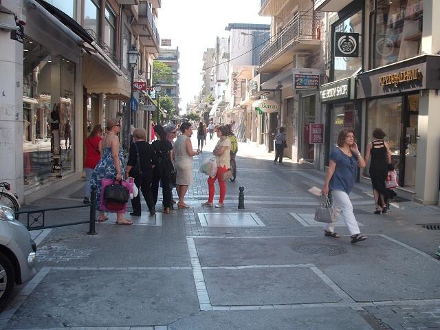 Διερευνητικές βόλτες στην αγορά του Βόλου