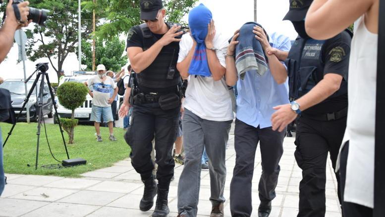 Η Αγκυρα απειλεί την Αθήνα αν δεν εκδοθούν οι 8