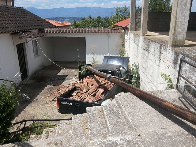 Αυτοκίνητο …προσγειώθηκε σε αυλή σπιτιού