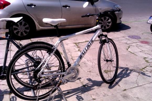 Επιχείρησε να κλέψει ποδήλατο από κατάστημα στο Βόλο