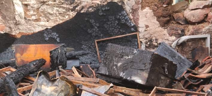 Φωτιά με εκρήξεις σε αγροικία στη Μηλίνα. 56χρονος εκτινάχθηκε 25 μ.