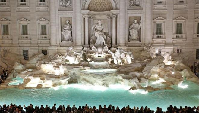 Δύο τουρίστες πλήρωσαν ακριβά λόγω μιας ...selfie στο Facebook