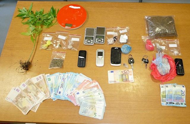 Συλλήψεις για εμπόριο ναρκωτικών και λαθραίου καπνού στο Βόλο