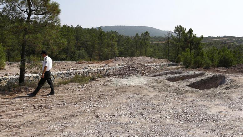 Σοκ στην Τουρκία: Έφτιαξαν νεκροταφείο προδοτών
