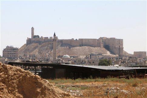 Συρία: «Δεκάδες οικογένειες» εγκαταλείπουν το Χαλέπι
