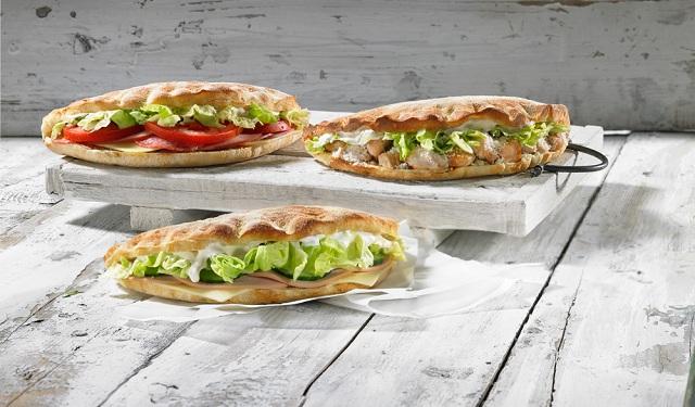 PIZZA FAN: Νέο ζυμωτό σάντουιτς από ζύμη πίτσας
