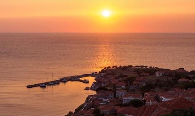 Μοναδικά ηλιοβασιλέματα στο Αιγαίο! [photos]