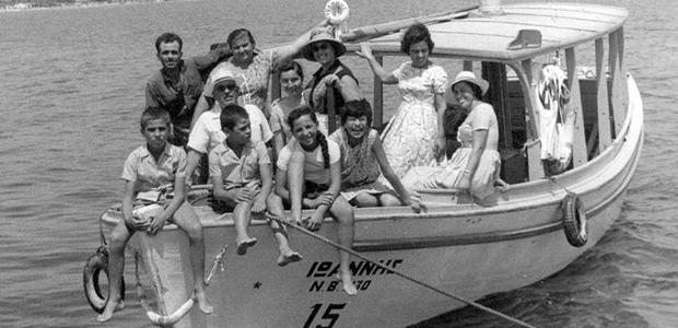 Γρηγόρης Καρταπάνης:Αύγουστος 1956