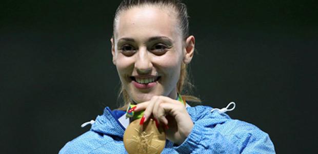 Χρυσή Ολυμπιονίκης    η  Άννα Κορακάκη