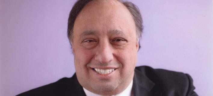 Ο Ελληνοαμερικανός Τζον Κατσιματίδης επικήρυξε τους κλέφτες... παγωτών στη Ν. Υόρκη