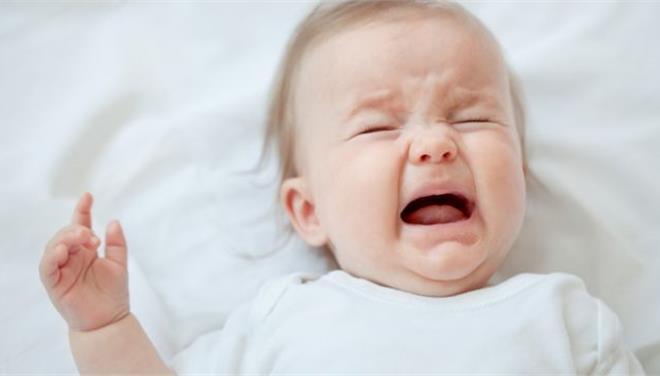 Τα μωρά κλαίνε στη μητρική τους γλώσσα