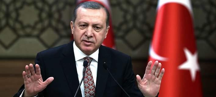 Με οδηγίες Ερντογάν πολιτογραφούν 26.500 έποικους