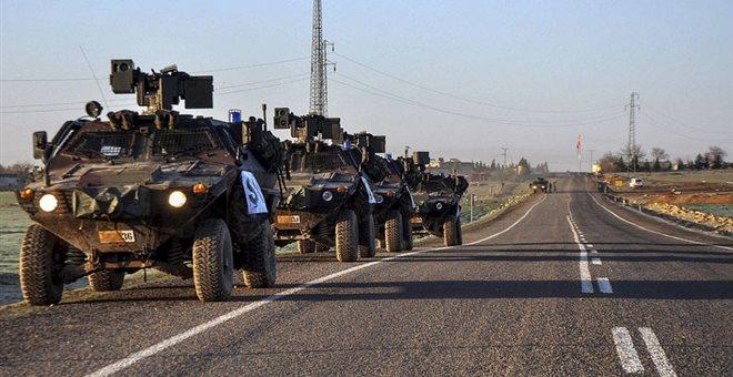 Το τουρκικό πυροβολικό βομβαρδίζει θέσεις του Ισλαμικού Κράτους στη Συρία