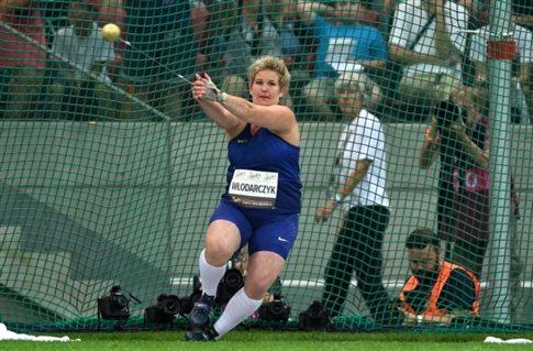 Παγκόσμιο ρεκόρ η Βλόνταρτσικ στη σφυροβολία με 82,98μ.