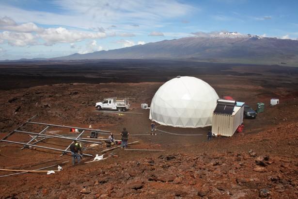 Με το βλέμμα στον Άρη, εθελοντές της NASA πέρασαν 12 μήνες σε απομόνωση