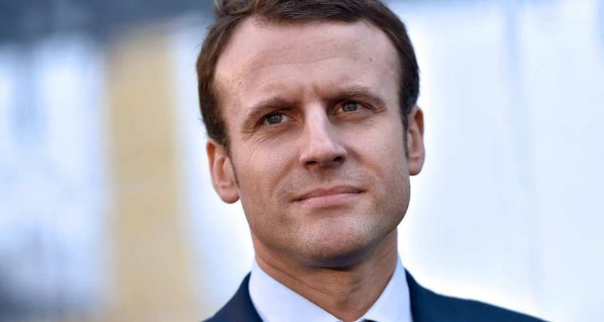 Παραιτήθηκε ο Γάλλος υπ. Οικονομικών Ε.Μακρόν. Θα διεκδικήσει την προεδρία