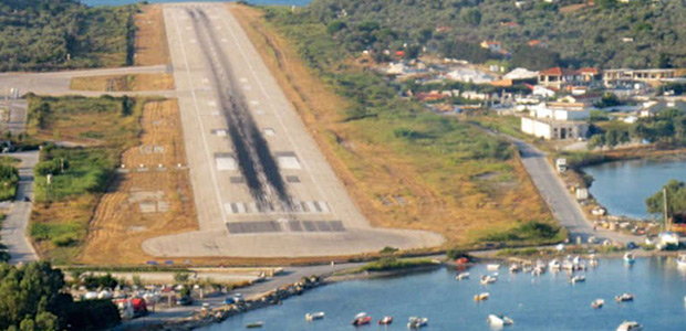 Ερχεται αεροδρομιόσημο 13 ευρώ στα 14 περιφερειακά αεροδρόμια