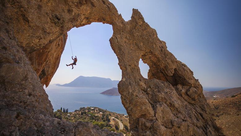 Evening Standard: Τοπ μέρη για αθλητικό τουρισμό στην Ελλάδα