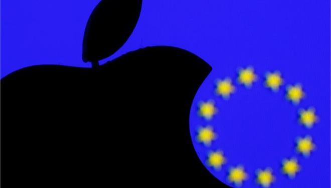 Η απόφαση για την Apple δεν αφορά τις ΗΠΑ, ξεκαθαρίζει ο Γιούνκερ