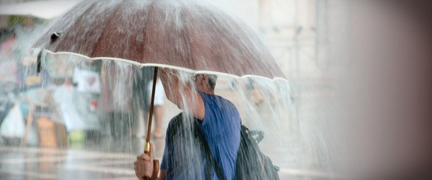 Φθινοπωριάζει: Ερχονται βροχές, άνεμοι και χαλάζι