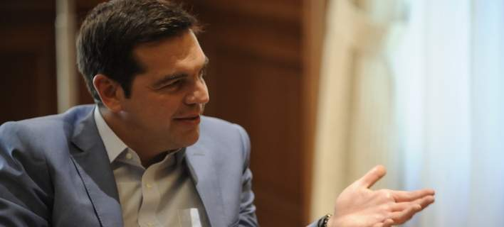 Τσίπρας στη Monde: Χωρίς ελάφρυνση χρέους η Ελλάδα δύσκολα θα ξαναβρεθεί σε τροχιά ανάπτυξης