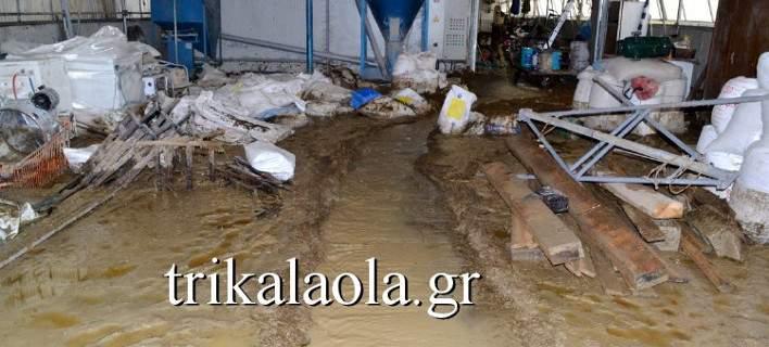 Για δεύτερη ημέρα τα Τρίκαλα έρμαιο της κακοκαιρίας. Τεράστιες οι καταστροφές