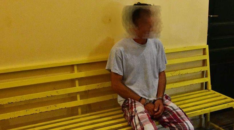 Αργος: Τον άφηναν να φωτογραφίζει γυμνό το 5χρονο παιδί τους & τους έδινε τρόφιμα