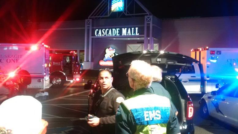 Τέσσερις νεκροί από πυροβολισμούς σε εμπορικό κέντρο στην Ουάσινγκτον