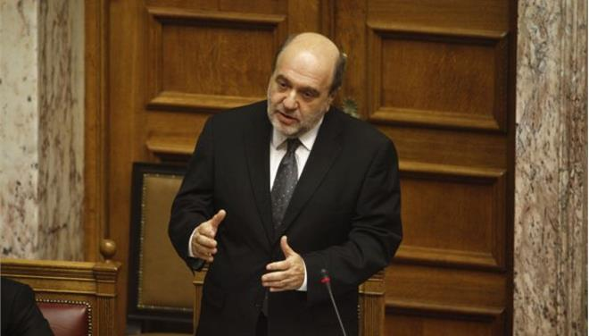 Αλεξιάδης: Ο ακατάσχετος λογαριασμός θα προχωρήσει