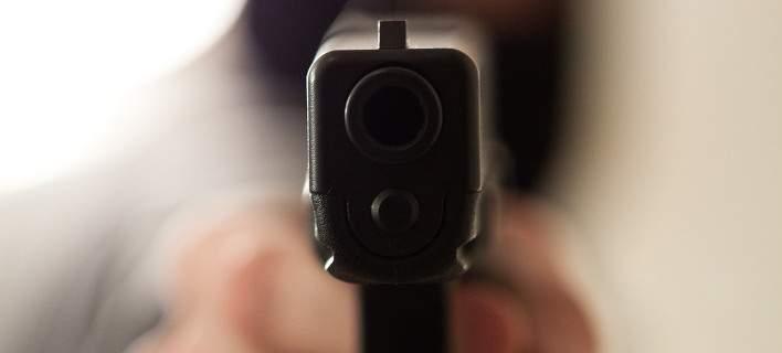Τέσσερις συλλήψεις για κατοχή όπλων σε Λάρισα και Τρίκαλα