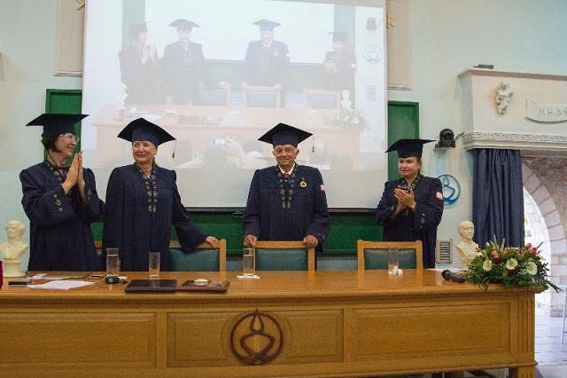 Διεθνής διάκριση του Καθηγητή Γ. Βυθούλκα