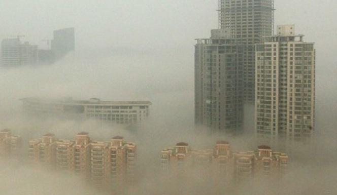 Σε συνθήκες... πνιγμού από την ατμοσφαιρική ρύπανση το 90% των κατοίκων του πλανήτη