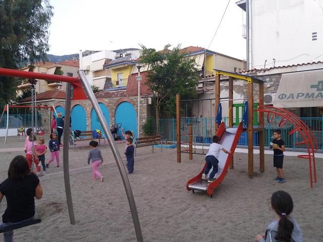 Εγκαινιάστηκε η νέα παιδική χαρά στην Αγριά [εικόνες]