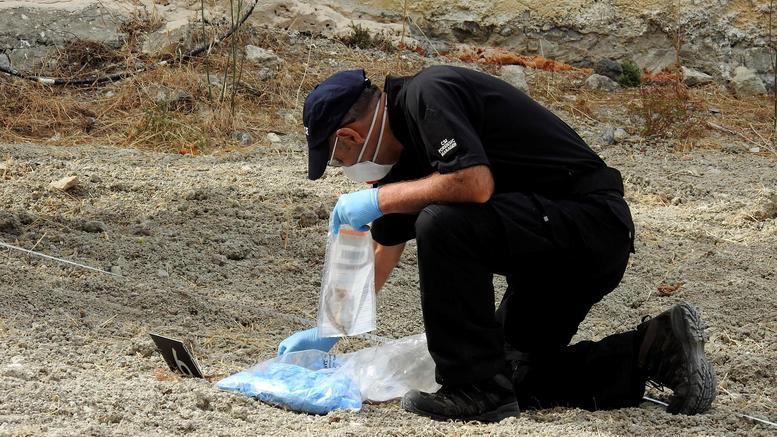 Ανατροπή στις έρευνες για τον μικρό Μπεν: Βρήκαν αρχαίο νεκροταφείο στο κτήμα
