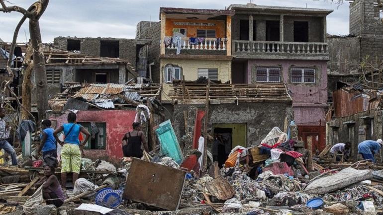 Τυφώνας Μάθιου: 1.000 τα θύματα στην Αϊτή