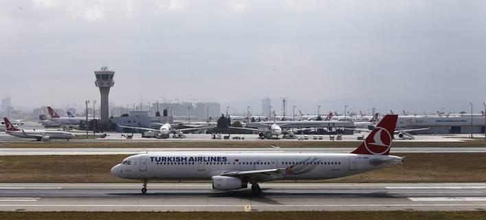 Πιλότος προσγείωσε νωρίτερα Boeing επειδή δεν άντεχε το κλάμα μωρού