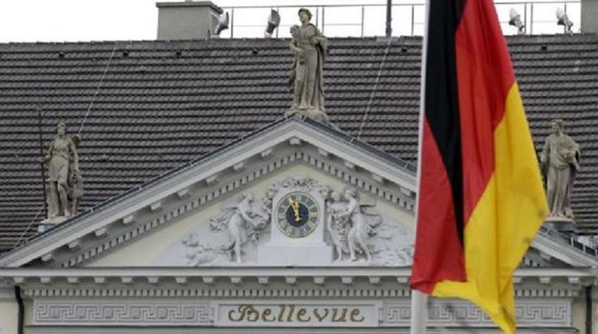 Το Βερολίνο βάζει όρια στα κοινωνικά επιδόματα για μετανάστες σε χώρες της ΕΕ