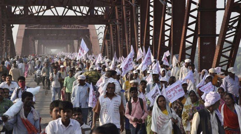 Τραγωδία στην Ινδία: 24 νεκροί σε θρησκευτική γιορτή