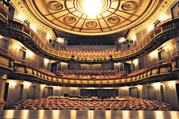 Πρόστιμο 100.000 ευρώ στο Εθνικό Θέατρο από το ΙΚΑ