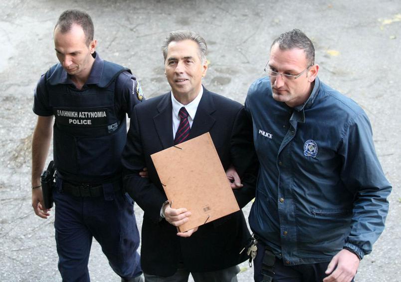 Νέα δικαστική περιπέτεια για τον Βασίλη Παπαγεωργόπουλο