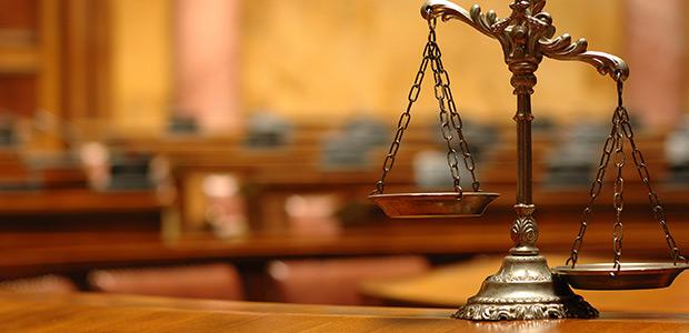 Αθώα για απάτη και υπεξαίρεση πρώην Διευθύντρια ασφαλιστικής