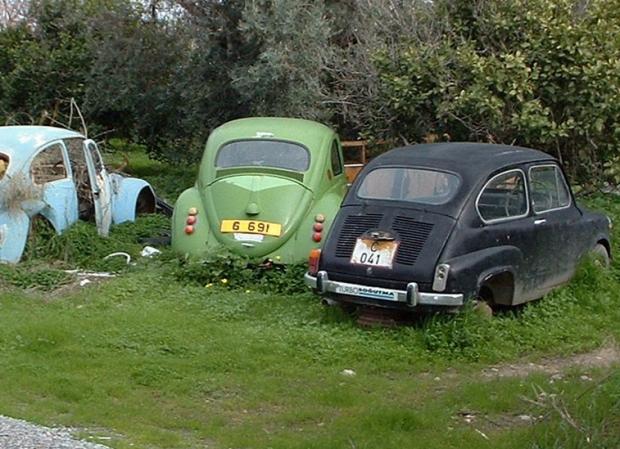 Σε εκποίηση εγκαταλειμμένα οχήματα