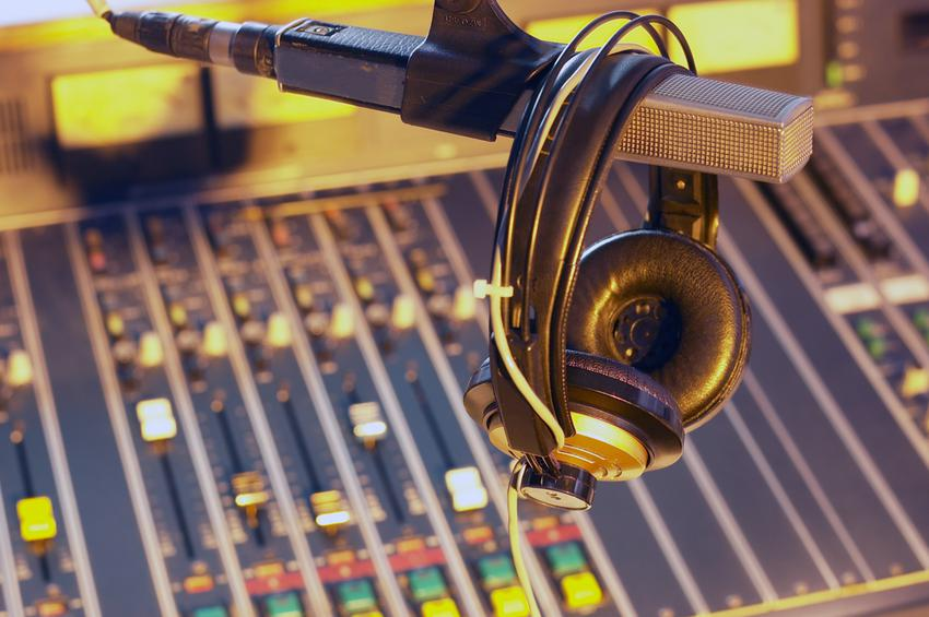 Σπίρτζης για ραδιοφωνικές άδειες: Έως τέλος του χρόνου τα αποτελέσματα