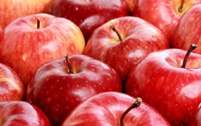 Δεσμεύτηκαν 4,8 τόνοι μήλων χωρίς σήμανση