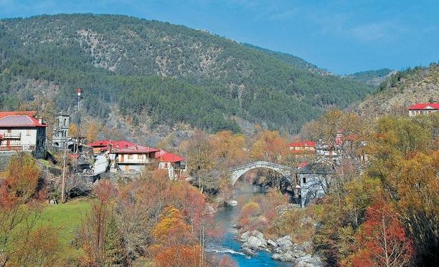 Zαγόρι: Στον δρόμο των μεγαλόπρεπων γεφυριών