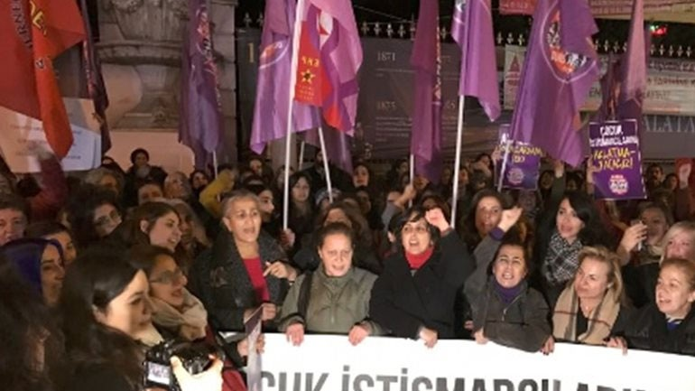 Νόμος στην Τουρκία νομιμοποιεί βιασμούς ανηλίκων!