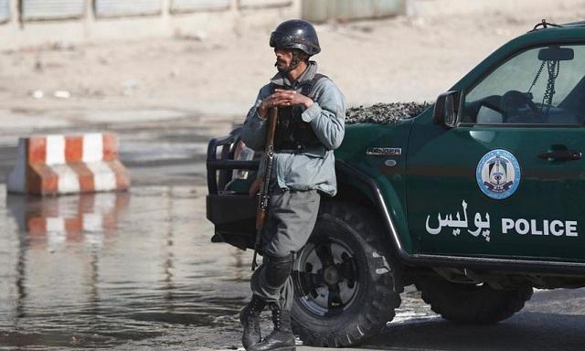Επίθεση αυτοκτονίας σε κατάμεστο τέμενος στην Καμπούλ